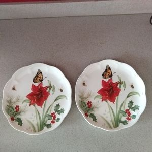 2 LENOX BUTTERFLY MEADOW Holiday Monarch plates